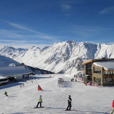 10 Reasons to Finally Book that Ski Trip to the Alps