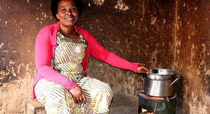 Cookstoves-Rwanda-01 4.jpg