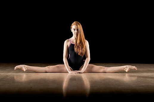 ballet-split-dancer-pointe.jpg
