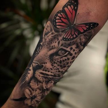 LEOPARD  @tattooshop.es  @bambootattoo