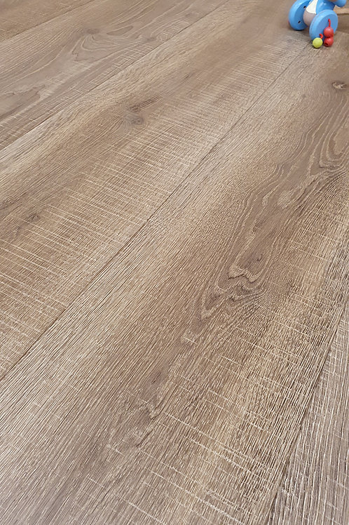 Bracken Bandsawn European Engineered Oak