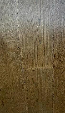 Tumbled Earth European Engineered Oak