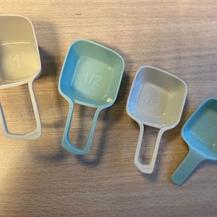 2. Cups blauw, in elkaar op te bergen