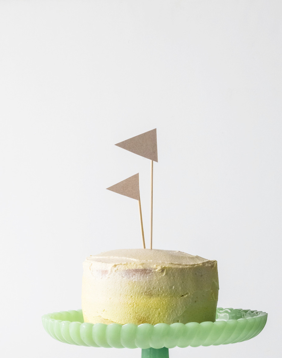 DOUBLE LEMON MINI CAKE A MENTION The Simple Green