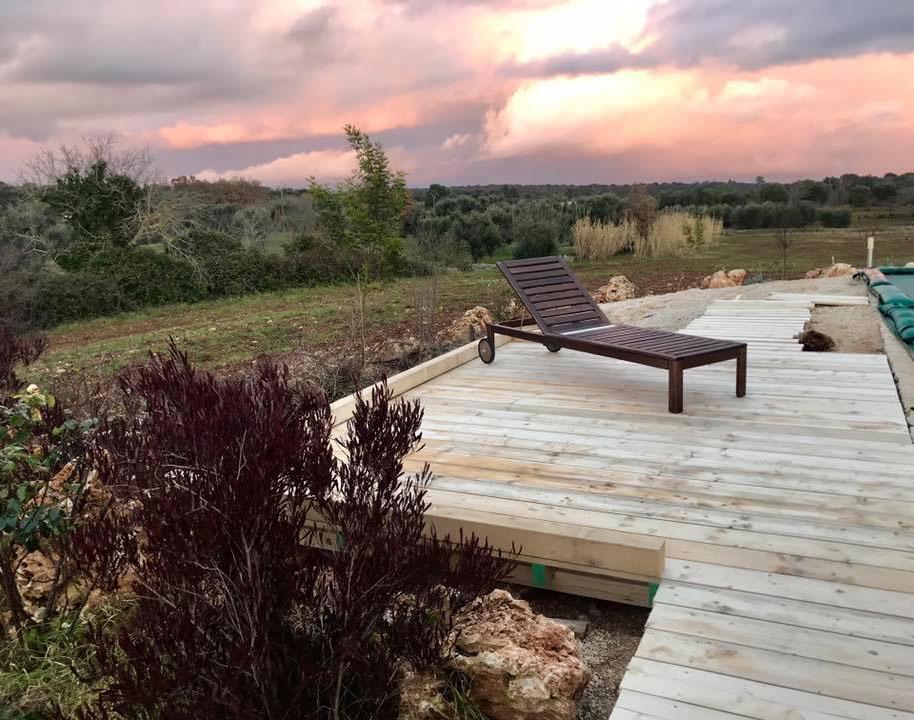 BelloNido - Poolside Yoga Space
