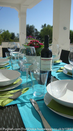 TrulliDolce Pugliah.com outdoor dining, TrulliDolce, Trullo holiday, trulli holidays, Puglia holiday