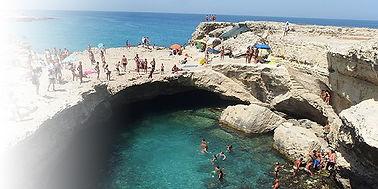 Grotta della Poesia Cave of Poetry, Stranden van Puglia, 10 beste stranden van Puglia in en nabij Ostuni, Ionische en Adriatische stranden. Dit zijn 10 stranden waar we helemaal gek op zijn.