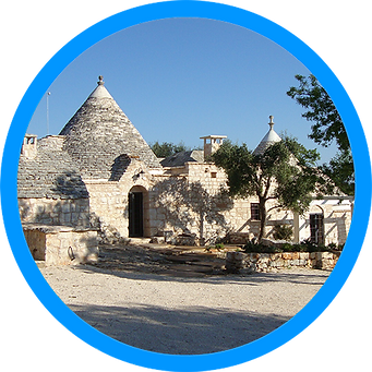 TrulliRoccia 3 bedrooms 3 bathrooms trulli accommodation in Puglia Pouilles Apulien with private pool