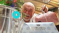 """EPS8 Pugliah.com præsenterer """"CK Eats Puglia"""", en kulinarisk, sensorisk og visuel webserietur på vores yndlingsrestauranter, gelataria og andre lokale 'fund' i Puglia, Italien. Bedste restauranter Puglia. Ostuni restauranter. Cisternino restauranter. Locorotondo restauranter. Martina Franca restauranter. Ceglie Messapica restauranter."""