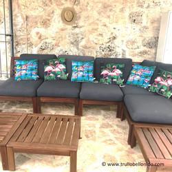 Zusätzlicher schattiger / überdachter Sitz- und Loungebereich im Freien