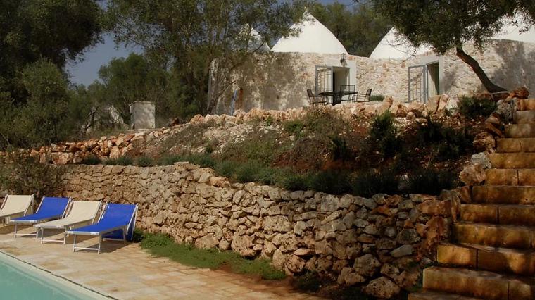 TrulliPecorino trulli holidays in puglia video tour for 4 guests, 2BR, 2BA and private pool.
