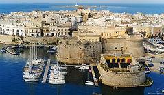 Gallipoli, Entdecken Sie die Region. Führer nach Apulien. Wohin in Apulien? Ostuni, Matera, Alberobello, Wasserparks, Zoo-Apulien, Safari-Apulien, Lecce, Martina Franca, Bari. Insidertipps.