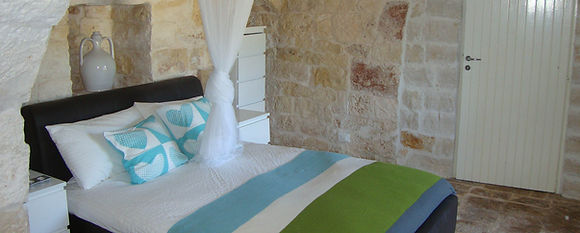 TrulliDolce trulli accommodation in Puglia with private pool Pouilles Apulien Italian villas to rent Pugliah.com