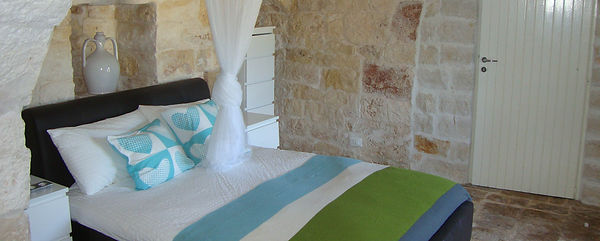 TrulliDolce trulli accommodation in Puglia with private pool Pouilles Apulien Italian villas to rent Pugliah.com