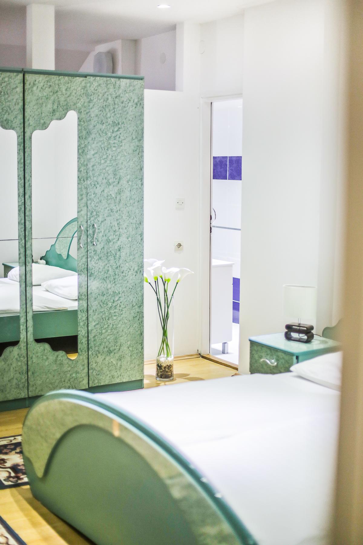 soba sa bračnim krevetom