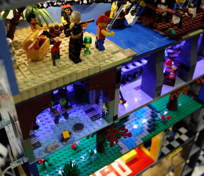 LEGO DISPLAY.JPG