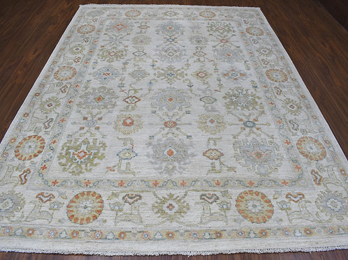 #562  Hand Knotted  Oushak Oriental Rug