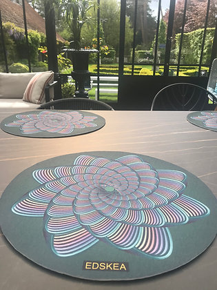 4 Placemats SHELL