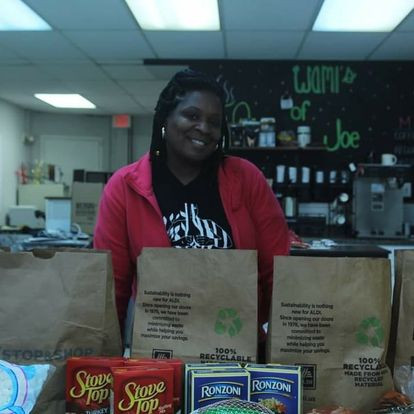 Tiheba - ED and founder of WAMI - Thanksgiving food drive 2020