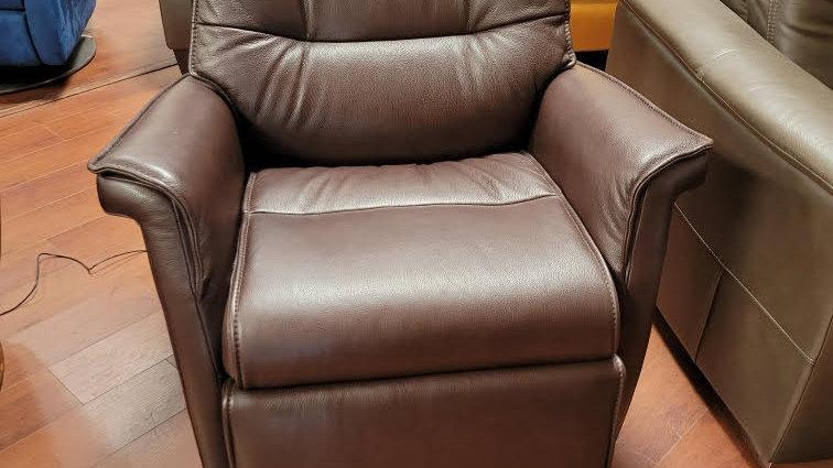 IMG Chelsea power recliner