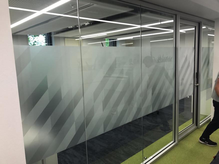 2BE-work-office-3.jpg