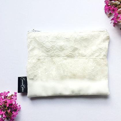 Ivory Lace Purse