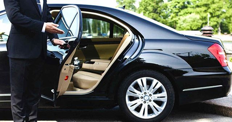 Luxury Ride Services _Luxury at its Best
