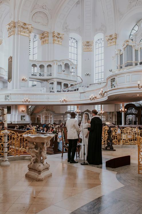 Weddingphotography Hamburg St.Michaelis Ceremony
