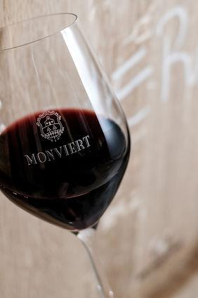 Monviert Weinglas.jpg