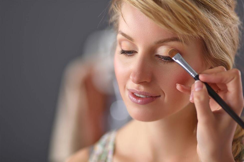 make up.png