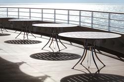 Tables en terrasse