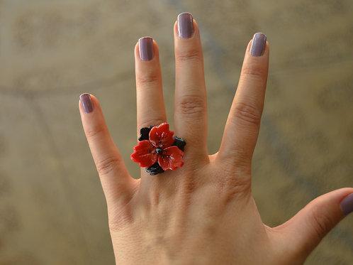 RED-BLACK FLOWER RING