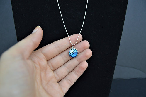 BLUE MERMAID FISH SCALE NECKLACE