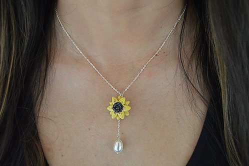 Sunflower Pearl Silver Necklace