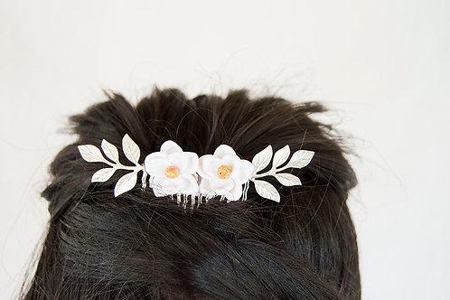 Magnolia Floral Hair Comb