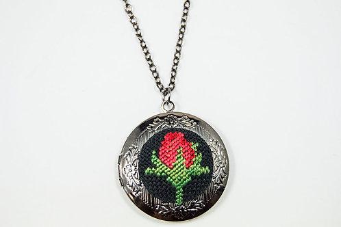 Vintage Pendant Locket Necklace