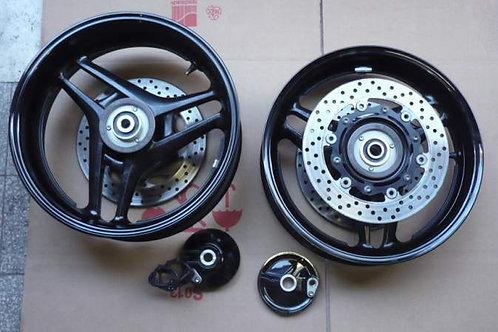 Coppia cerchi yamaha t max 500 dal 08 -11 con ABS