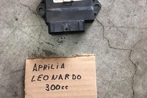 CENTRALINA USATA APRILIA LEONARDO 300cc MOTORE YAMAHA