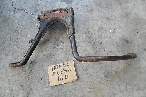 CAVALLETTO CENTRALE USATO HONDA ZX 50 DIO