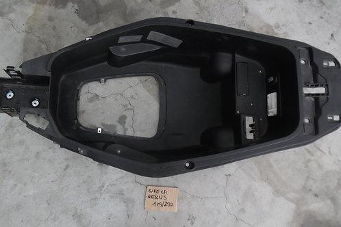Plastica vano sotto sella gilera nexus 125cc