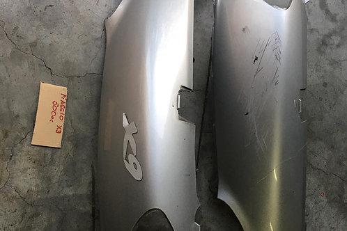 Carene posteriori laterali grigio chiaro piaggio x9 180 200 250 500
