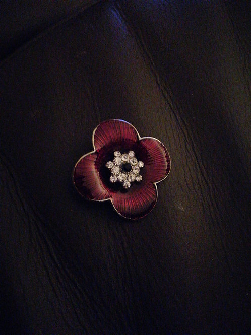 Red remembrance poppy brooch