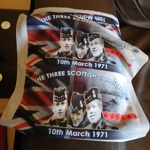 3 Scottish soldiers campaign, snood, face covers