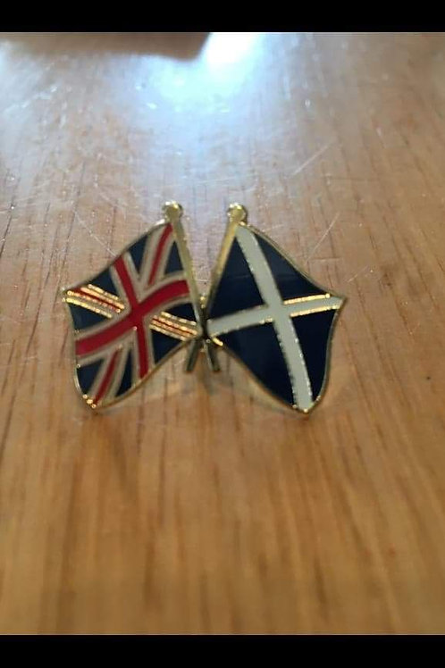 Two flag pin badge (Scotland + Union Flag).