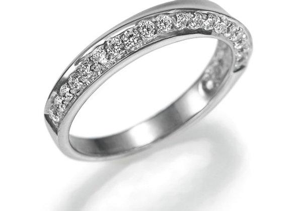 Eternity Diamond Twist Band