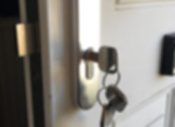 Antisnap lock fitters locksmiths in leeds