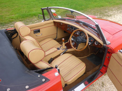 1973 MGB Roadster Flame Red (12)