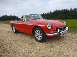 1973 MGB Roadster Flame Red (2)