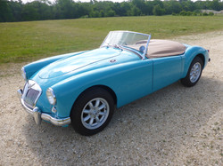 1958 MGA 1500 Glacier Blue (25)