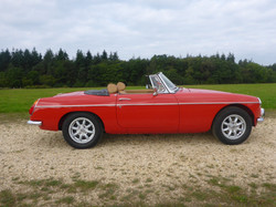 1973 MGB Roadster Flame Red (4)